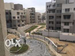 Semi Furnished ِAPT for rent In Village Gate نصف مفروش للايجار فيلدج