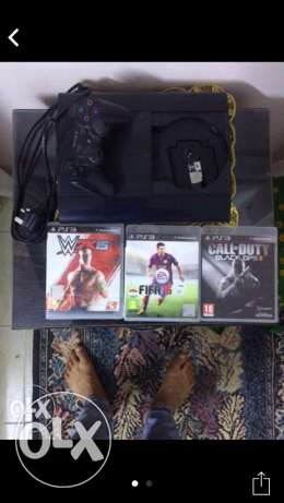 PS3 + Fifa 2015 +call of duty black oops 2 + wwe 2015 حلوان -  1
