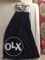 QUIZ dress navy blue and white. used only once. in a perfect shape.
