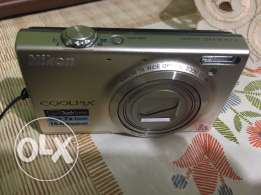 Nikon Cookpix S6100 Touch Screen