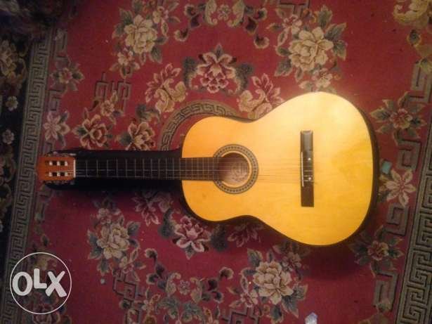 espana classic guitar like new
