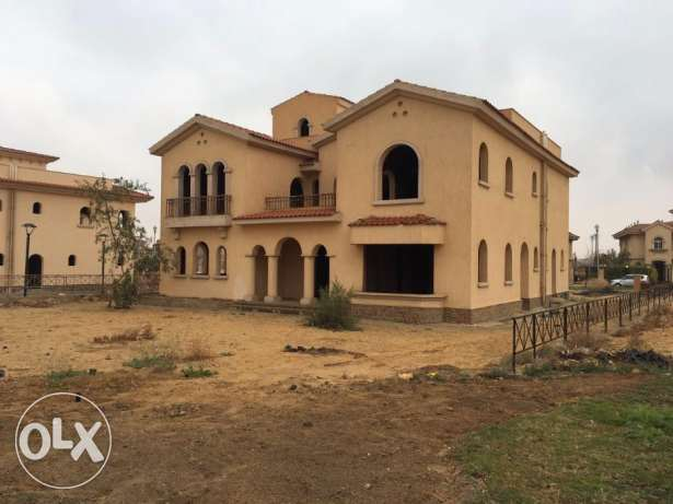 Villa For Sale in Madinaty - New Cairo