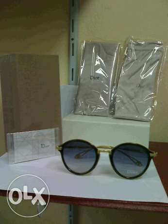 Dior Sunglasses اسود فى ذهبى