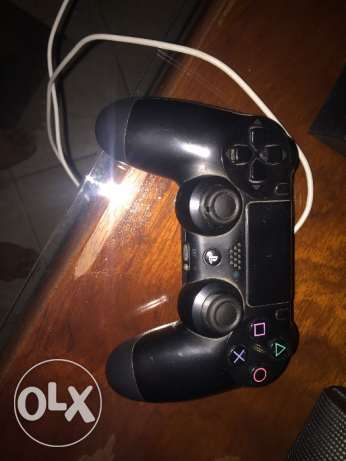 Original ps4 controller for sale - دراع بليستيشن ٤ اصلى