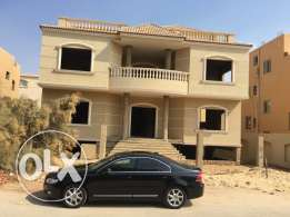 for sale separate villa in Al-Yasmine sheikh Zayed