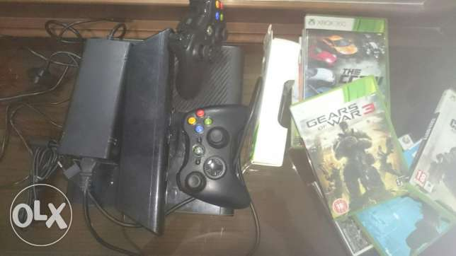 Xbox360e with 6 games